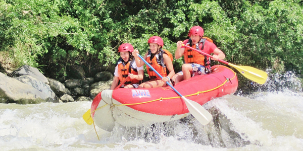 whitewater rafting, panama, boquete, family vacation