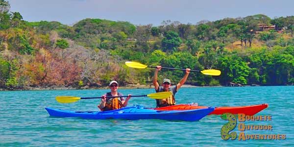 sea kayaking in panama, isla bolanos, golfo de chiriqui national park, panama, boquete, gulf of chiriqui national marine park, island trip, howler monkey, whale watching
